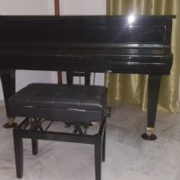 Piano de cola 150cm (Colín).Marca Kawai. Modelo GL10