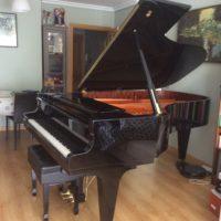 Piano de cola Schimmel K 213