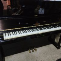 PIANO DE PARED YAMAHA